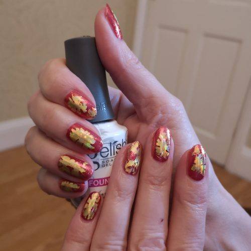 Gelish classic Gel manicure Red with Gold Foil Art