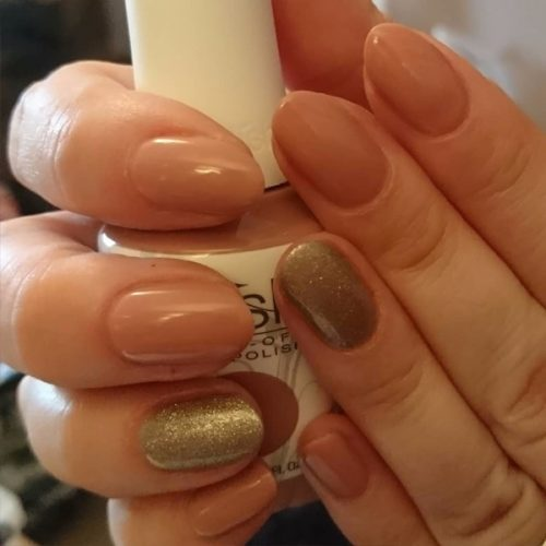 Gelish classic Gel manicure neutral and gold